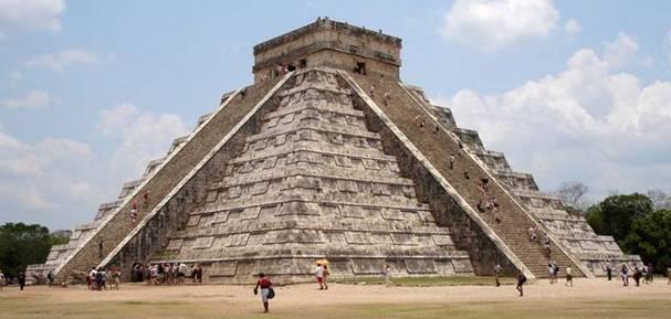 Пирамиды Майя